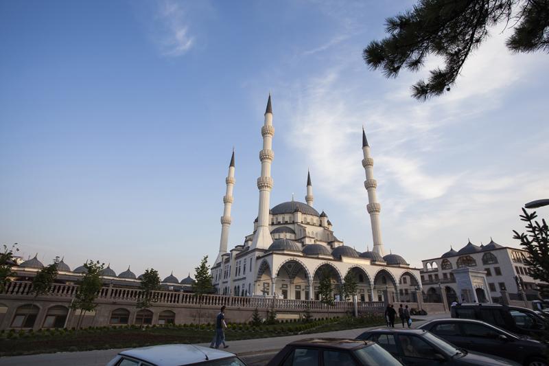 Kirikkale-Merkez-Nur-Camii-Aydinlatma-1
