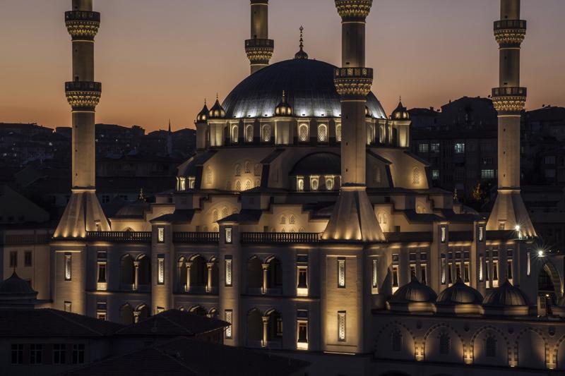 Kirikkale-Merkez-Nur-Camii-Aydinlatma-6