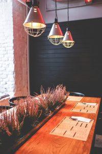 restoranlarda-sarkit-aydinlatma-armaturu-kullanimi